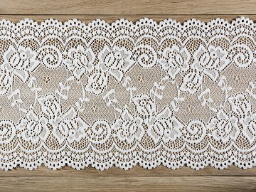 Lace, off-white, 0,15 x 9m (1 ctn / 48 pc.) (1 pc. / 9 lm)