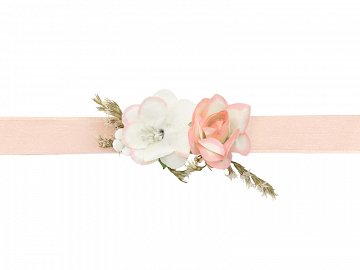 Flower wrist corsage, light peach