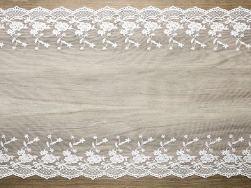 Lace, off-white, 0.45 x 9m (1 ctn / 5 pc.) (1 pc. / 9 lm)