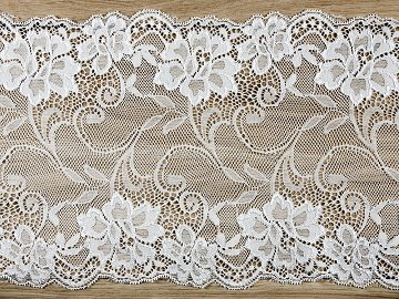 Lace, off-white, 0,18 x 9m (1 ctn / 48 pc.) (1 pc. / 9 lm)